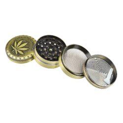 Drtič tabáku kovový WildFire Cannaleaf 50mm, 6mix(31217)