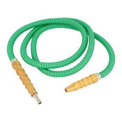 Náhradní hadice (šlauch) pro vodní dýmku, zelená, 1,75m-Náhradní hadice (šlauch) pro vodní dýmky. Šlauch se zeleným koženkovým povrchem je vcelku včetně náustku a adaptéru pro připojení do vodní dýmky. Koženkou potažená hadice je vyrobená z ohebného plastu, náustek a adaptér je dřevěný. Údržba je velmi jednoduchá, ke zbavení nečistot stačí propláchnutí obyčejnou vodou.  Vnější průměry připojovacího adaptéru do vodní dýmky min/max: 1,1 cm/ 1,9 cm Celková délka hadice včetně adaptéru a náustku: 1,75m