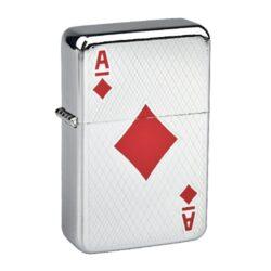Benzínový zapalovač Angel Poker-Benzínový zapalovač Angel Poker. Povrch zapalovače je v lesklém chromovém provedení, čelní strana je zdobená gravírováním a karetním motivem. Zadní strana zapalovače je hladká. Benzínový zapalovač je dodáván bez náplně. Výška zapalovače 5,5cm. Cena je uvedena za 1 ks. Před odesláním objednávky uveďte číslo barevného provedení do poznámky.