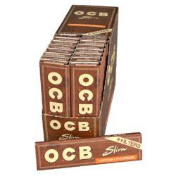 Cigaretové papírky OCB Virgin Slim+Filters-Cigaretové papírky OCB Virgin Slim+Filters. Papírky jsou vyrobené z ultratenkého neběleného papíru. Knížečka obsahuje 32 papírků + 32 papírových filtrů. Rozměry papírku: 45x109mm. Prodej pouze po celém balení (displej) 32ks.
